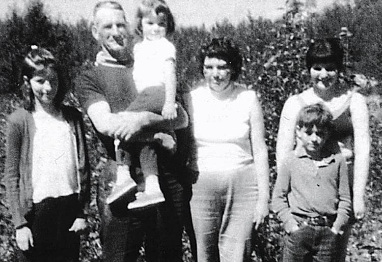 Rose, Clarence (holding Holly), Vivian, Pearl, Russell.